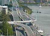 Views of the Riverside Expressway and Brisbane River.