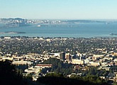 View across the San Francisco Bay Area. Includes time-lapse view of past day.