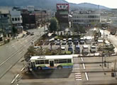 Streaming cam from a bus station in Nakatsugawa.